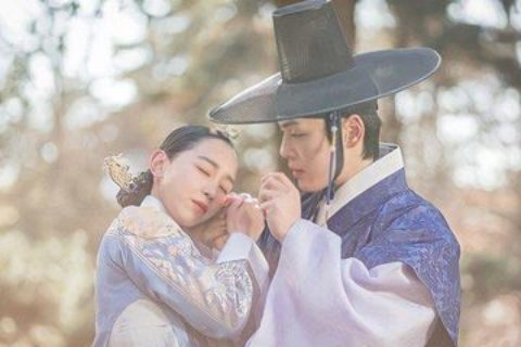 """Skincare """"Yang Mulia Kim So Young"""" dalam Mr. Queen ini aman untuk ibu hamil"""