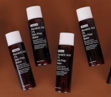 Eksfoliasi aman untuk kulit sensitif dengan By Wishtrend Mandelic Acid 5% Skin Prep Water